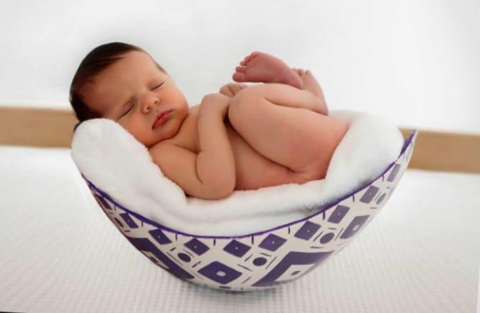 Fofo bebé recién nacido