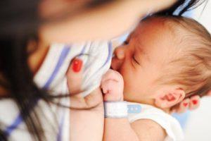 Primera leche materna calostro